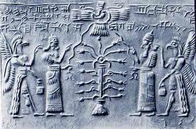 """Rey secundado por deidad protectora, junto a """"árbol de la vida"""", invocando al Dios alado."""