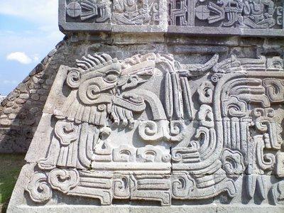Quetzalcóatl sobrerelieve