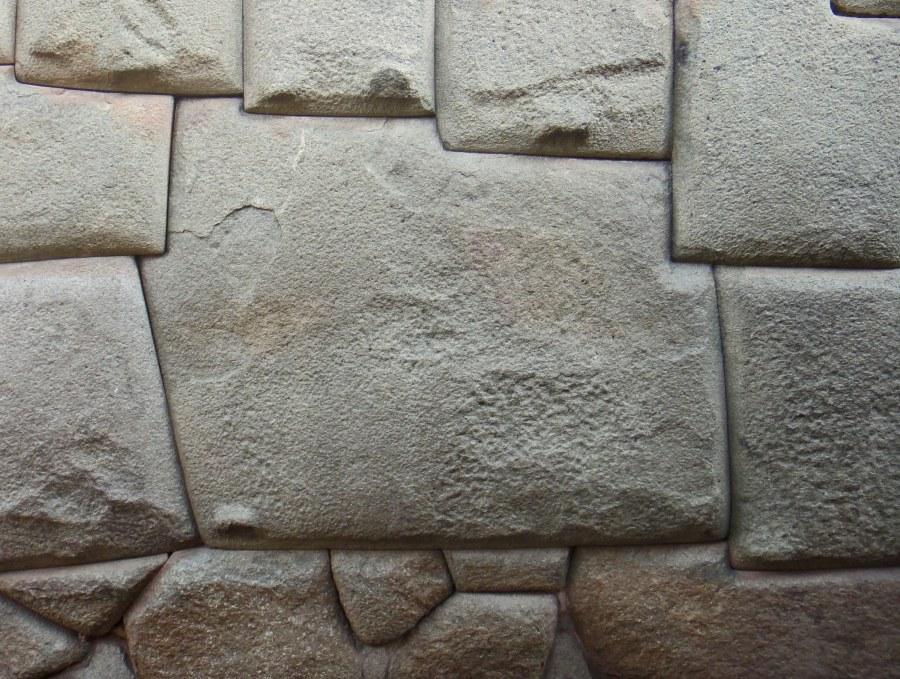 Piedra de las 12 caras