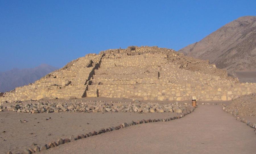 Caral - Pirámide
