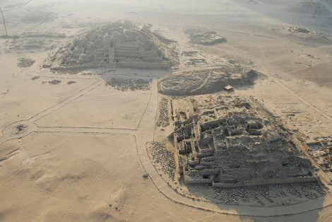 Caral - Pirámides