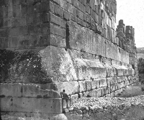 Cimientos Templo de Jupiter - Baalbek
