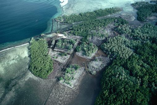 Bajo-estos-Islotes-prefabricados-de-Nan-Madol-se-encuentra-otra-ciudad-perdida.-Jin-Sugar-Getty-Images