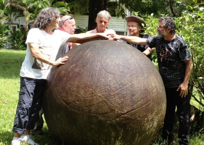 esfera de piedra finca victoria - ESFERAS DE PIEDRA DE COSTA RICA Y RESTO DEL MUNDO