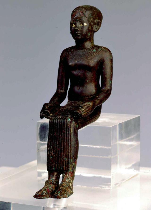 estatuilla de imhotep - LOS TEMPLOS MEGALÍTICOS EN LAS ISLAS DEL MEDITERRÁNEO