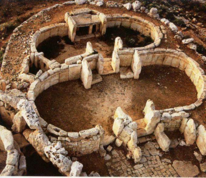 malta tempel1 - LOS TEMPLOS MEGALÍTICOS EN LAS ISLAS DEL MEDITERRÁNEO