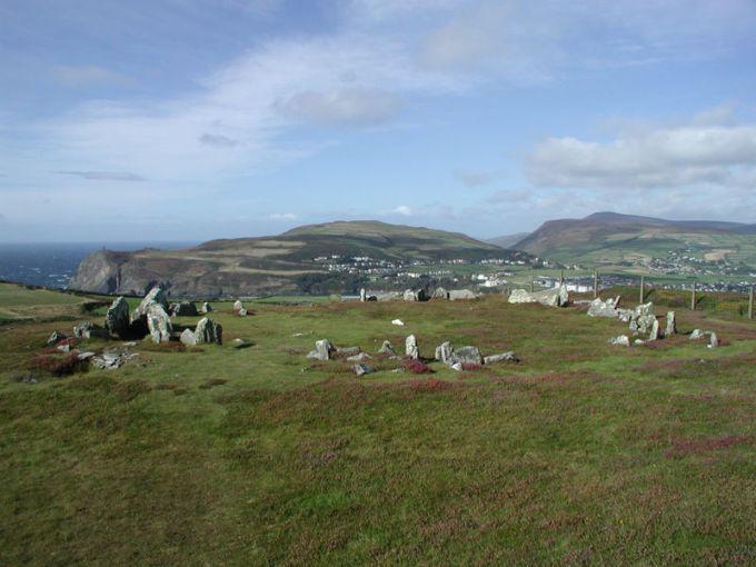 mull hill en la isla de man reino unido - DOLMENES, CROMLECH, TÚMULOS Y MENHIRES