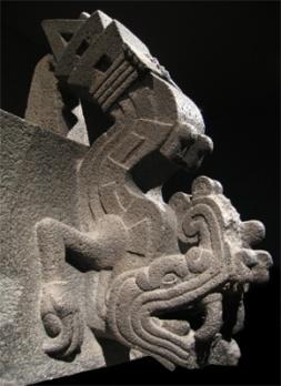 La serpiente de fuego azteca Xiuhcóatl. Tenochtitlán, capital azteca, México, 1325-1521 AD.