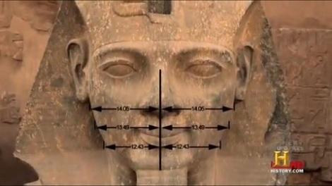 Ramses II: la simetría perfecta de su retrato