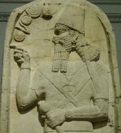 shamshi assyrian king cross e1409772913435 - EL VATICANO Y LA SIMBOLOGÍA PAGANA