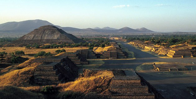 panoramica_zona_arqueologica_teotihuacan