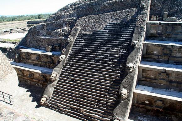 templo_quetzalcoatl_teotihuacan