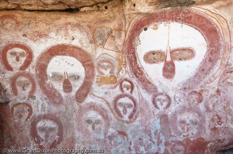 AUSTRALIA, Western Australia, West Kimberley. Bachsten Creek. Wandjina (creator beings), rock art style painted during last 4000 years.