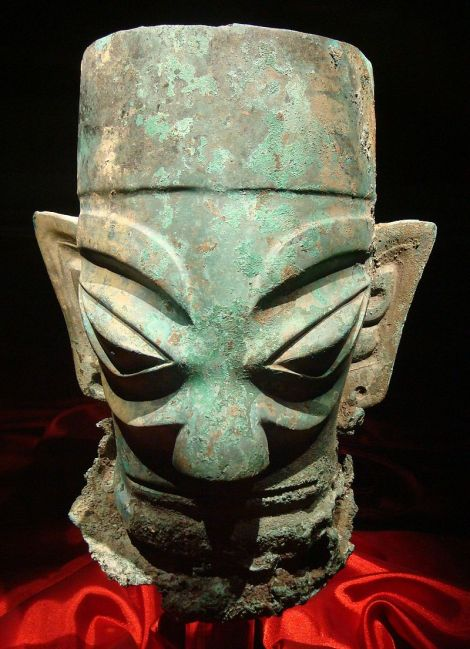800px-bronze_head_from_sanxingdui